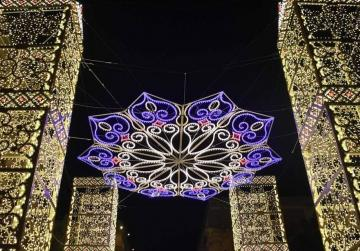 Spectacular Christmas lights switched on in Valletta