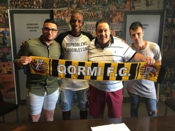 Kassiano Soares (centre) unveiled as Qormi's signing.