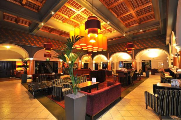 Royal Hotel Hull - via Booking.com
