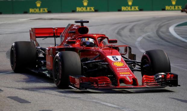 Sebastian Vettel broke the new track record in Singapore.
