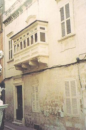 The residence of Guglielmo Lorenzi in Old Theatre Street, Valletta.