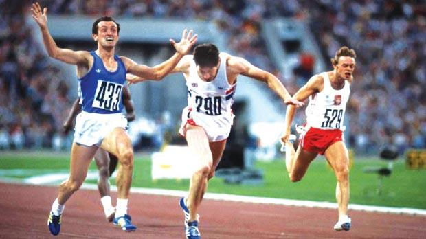 Pietro Mennea (no. 433) wins the 200 metres final at the 1980 Moscow Olympics