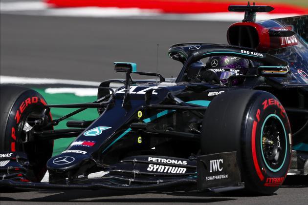 Hamilton shatters lap record to grab British Grand Prix pole