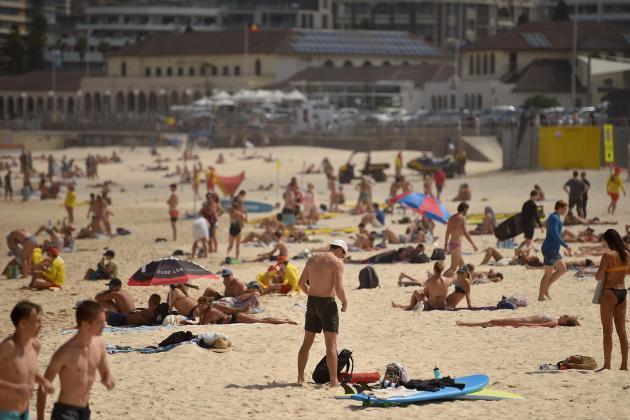 Australian beaches locked down as virus cases pass 1,000