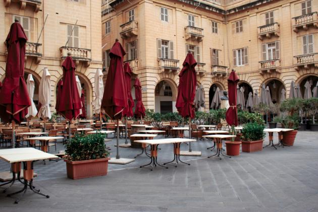 Closures 'inevitable' as sales plummet, restaurants warn