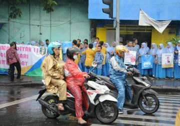 Valentine's Day not feeling the love in Indonesia