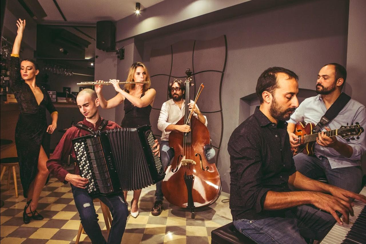 Two nights dedicated to Argentinian tango