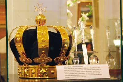 Glittering exhibition features 23 royal crowns