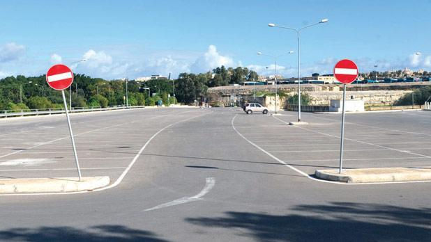 The deserted Park and Ride in Blata l-Bajda