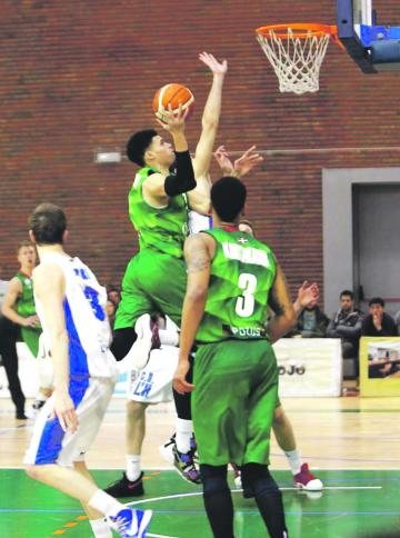 Tevin Falzon will continue his career at Cheshire Phoenix.