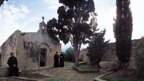 Lady Of The Wayside >> Intriguing history of Maltese wayside chapels