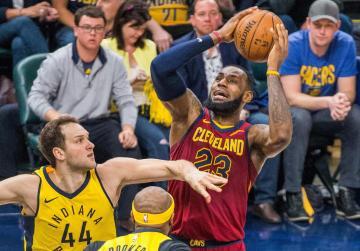 Watch: NBA roundup: Cavs, Wizards, Bucks even series