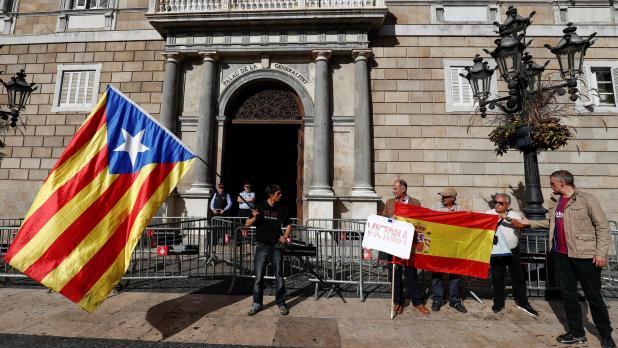 Spain's Supreme Court refuses bail for former Catalonia ...