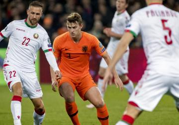 Depay fires Dutch past Belarus in Euro 2020 qualifying opener