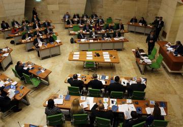 'Revolving doors' proposals prompt spirited debate among MPs