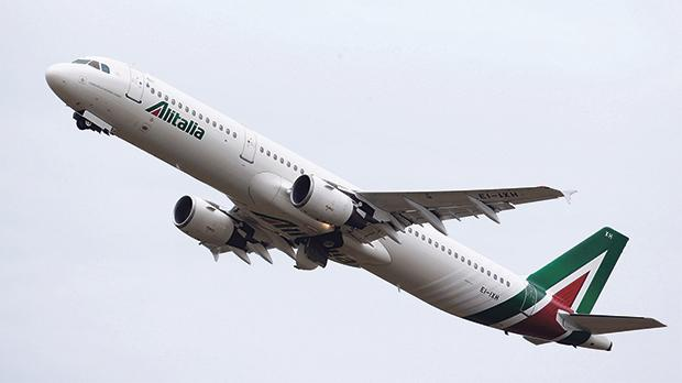 Alitalia starts bankruptcy proceedings as turnaround fails
