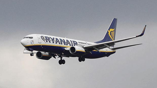 ryanair management Management and pilots at ryanair are to meet again for talks this afternoon in a bid to avert friday's strike.