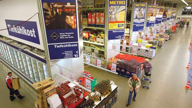 western europe and metro cash German retailer metro posted disappointing second-quarter results that underscored weak western european markets and problems at the group's electronics-retailing unit.
