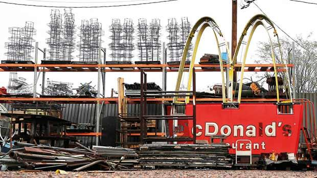 A McDonald's sign in a scrapyard in Phoenix, the US. Photo: Brian Snyder/Reuters