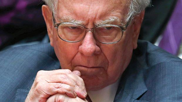 Warren Buffett during an announcement ceremony at Northwestern University in Evanston, Illinois. Photo: Jim Young/Reuters