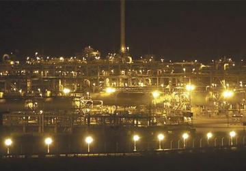 The Shaybah oilfield complex at night in the Rub' al-Khali desert, Saudi Arabia. Photo: Ali Jarekji/Reuters