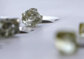 Diamonds displayed in the capital of Botswana, Gaborone. Photo: Siphiwe Sibeko/Reuters
