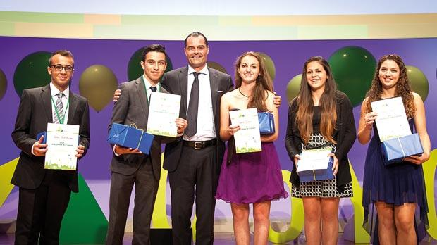 Orange team members (from left Andrew Sant Fournier, Nick Xuereb, Sophie Diacono, Emma Xuereb and Emma Gatt receiving the Excellence in IT award from the judge.