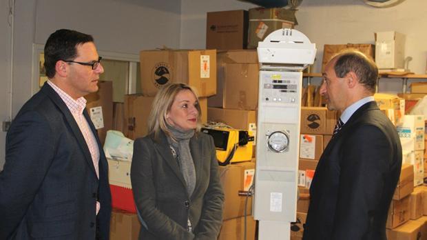 Martin Xuereb and Regina Catrambone with Health Parliamentary Secretary Chris Fearne.