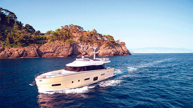 Azimut yachts triumph at motor boats awards 2017 with for Motor boat awards 2017
