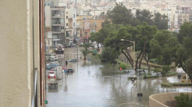 "Gzira this afternoon - Picture Joseph Said <a href=""mailto:mynews@timesofmalta.com"" target=""_blank"">mynews@timesofmalta.com</a>"