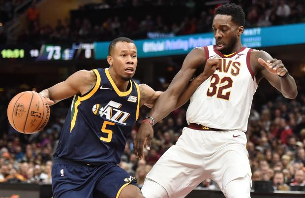 Utah Jazz guard Rodney Hood (5) drives to the basket against Cleveland Cavaliers forward Jeff Green (32) during the second half at Quicken Loans Arena. Photo: Ken Blaze-USA TODAY Sports.