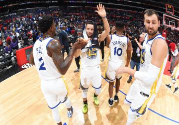 Watch: Durant fired up as Warriors rout Clippers