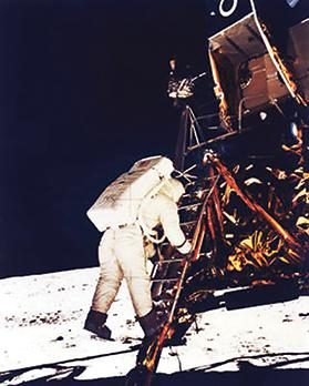 Buzz Aldrin climbing down the Eagle's ladder to the surface of the moon. Photo: NASA