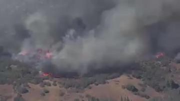 Calmer winds help firefighters battling deadly California blaze | Video: Reuters