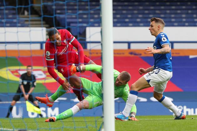 Liverpool face up to long season without Van Dijk
