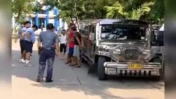 Philippine police kill 32 in drug war's bloodiest day