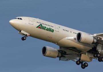 Alitalia may slash 2,000 jobs as its struggles persist