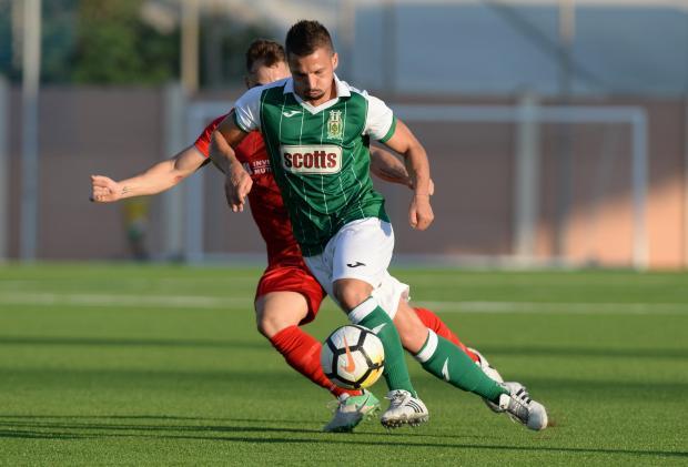 Maurizio Vella has agreed to rejoin Floriana.
