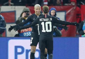 Paris St Germain through after brushing aside Red Star 4-1