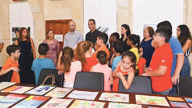 In Gozo, Minister Justyne Caruana attended the 'Gozo Goes Art' exhibition and met students as well as their mentors Sébastien Cailleux and Luca Cauchi.