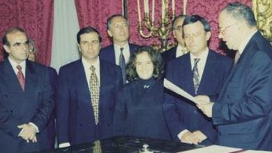 George Vella (left) at Alfred Sant's swearing in in 1996.