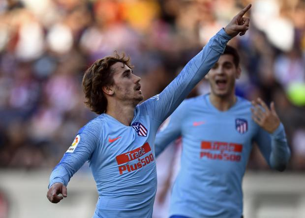 Atletico Madrid's Antoine Griezmann celebrates his goal against Real Vallecano.