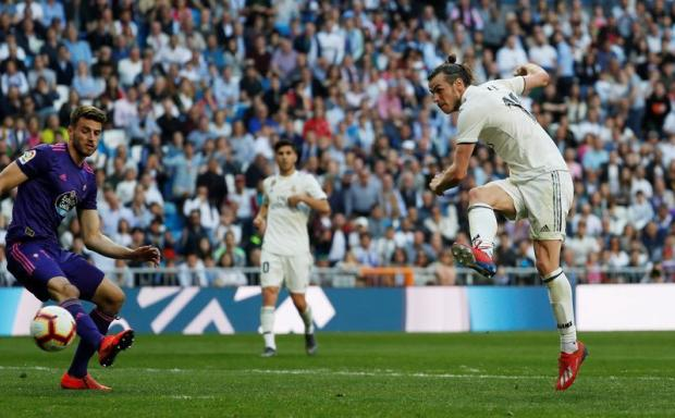 Real Madrid's Gareth Bale scores their second goal.