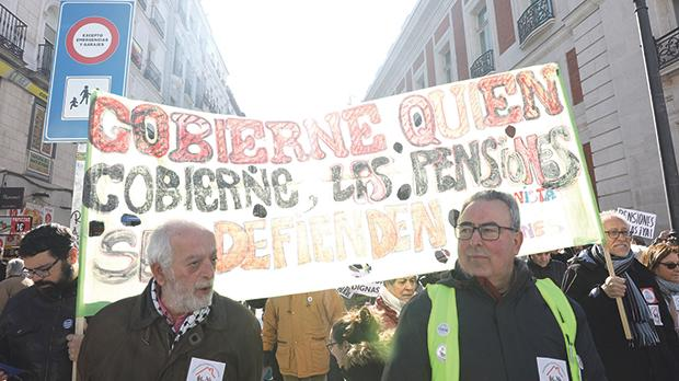 Spain still faces formidable challenges that relate to the urgent need to reform the pension system. Photo: AFP