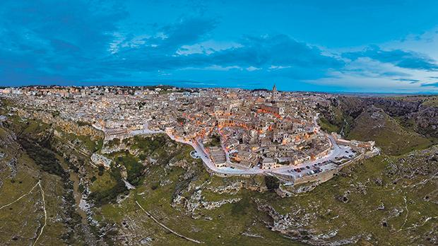 Matera at night. Photos: Maurizio Urso