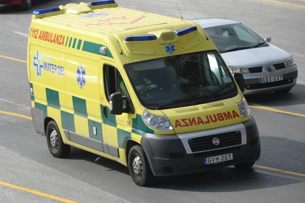 Sliema man hurt after crashing into concrete truck