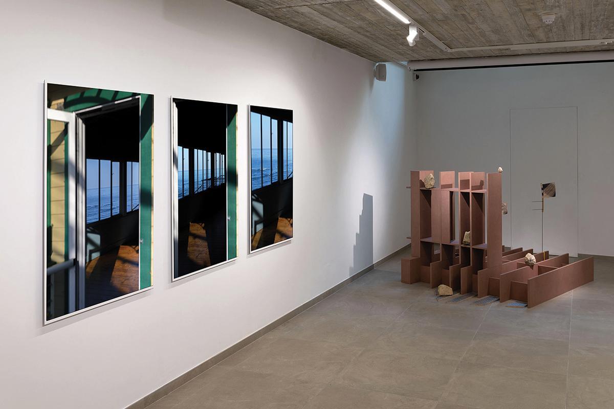 From left: 1433_Santa Monica, 1426_Santa Monica and 1432_Santa Monica by Nigel Baldacchino alongside Floating shelves by Tom Van Malderen