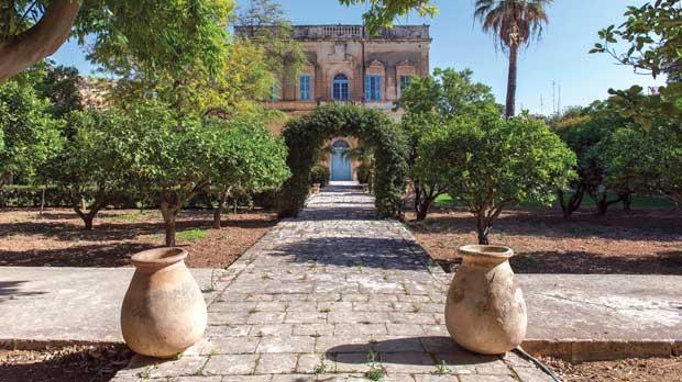 The Baroque garden.
