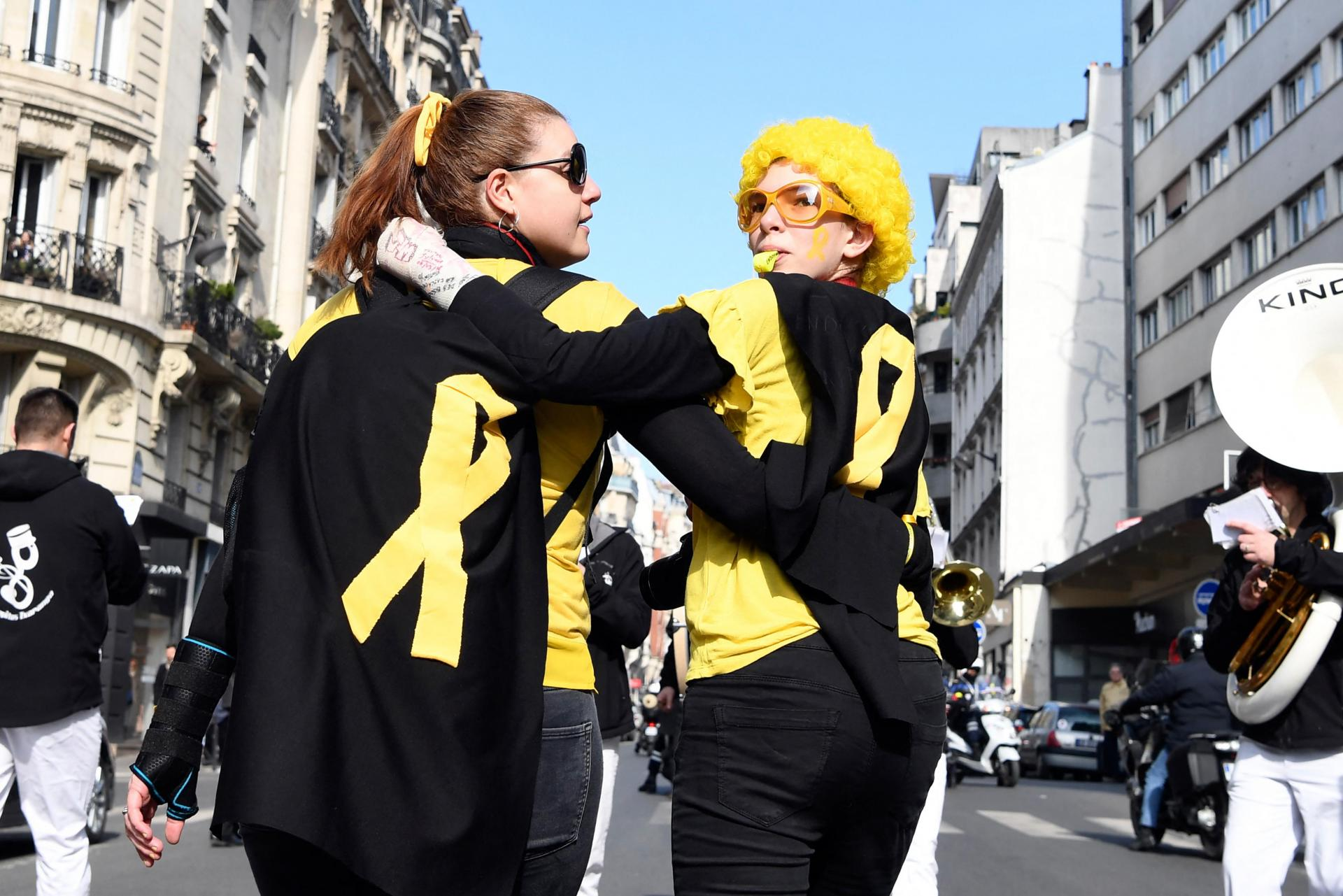 Women take part in the annual worldwide EndoMarch and world Endometriosis Day, hosted by the French associations Association ENDOmind and MEMS France (Mon Endometriose Ma Souffrance) on March 24, 2018, in Paris. Photo: Alain Jocard/AFP