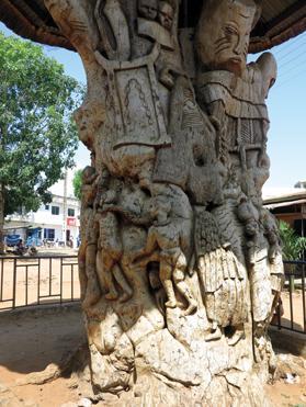 A tree of slaves' souls in Ouidah.